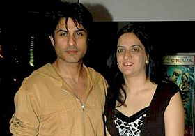 Vikas Bhalla| Biography| Wiki| Age| Height| Personal Life|Awards |participant in Color show Bigg Boss 9 |vikas's wife