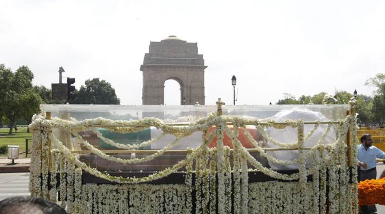 Atal Bihari Vajpayee: wiki|awards|political|peoms|born|death|image|funeral of atal ji|atal ihari vajpayee|
